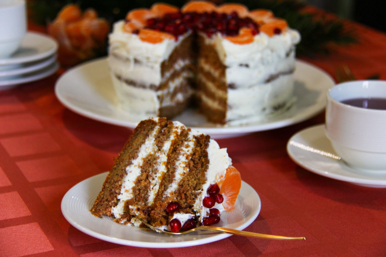 "alt=""reteta tort de morcovi clasic"""