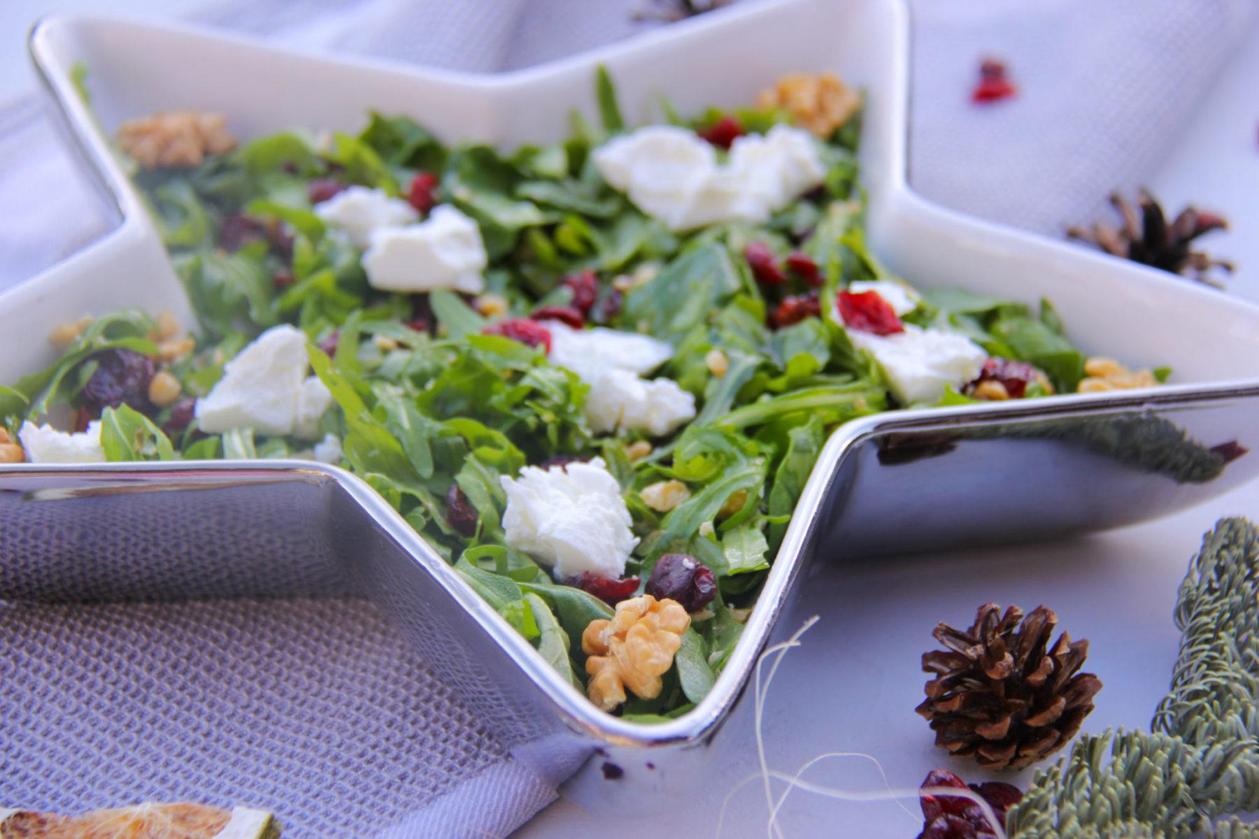 Salata de rucola, branza si nuci